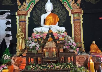 Every Buddhist Holy Day they will come to take 5 or 8 precepts and make merit for oneself at Watsriboonruang Fang Chiangmai